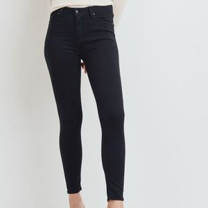The Ultimate Black Skinny  denim